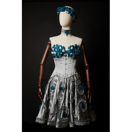 Reine des Roses Outfit