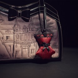 Corset Bag Charm Venise