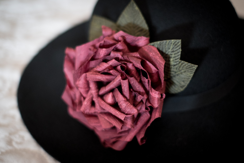 Broche Rose en soie