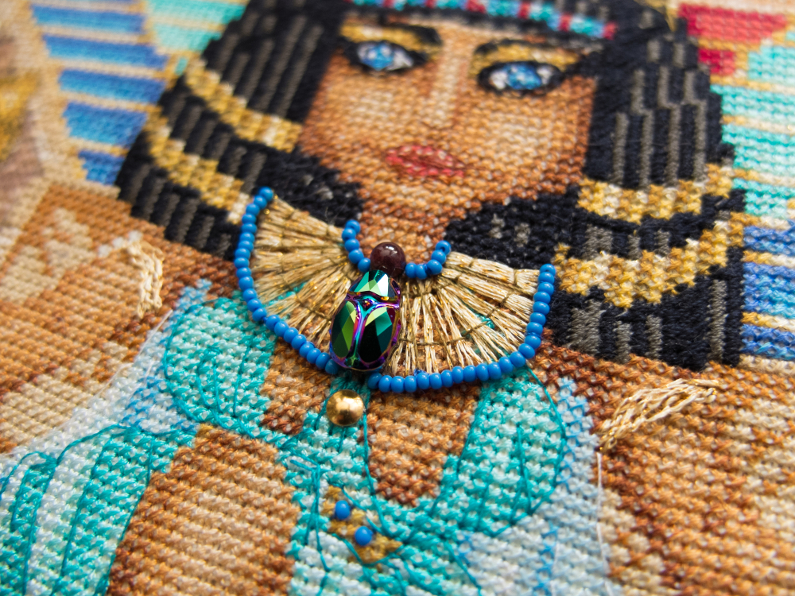 Last part of the Cleopatra embroidery!