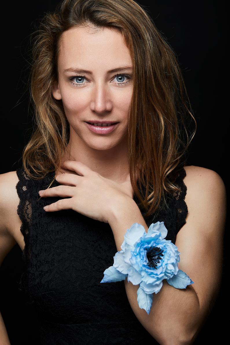 Luxury artificial flower bracelet