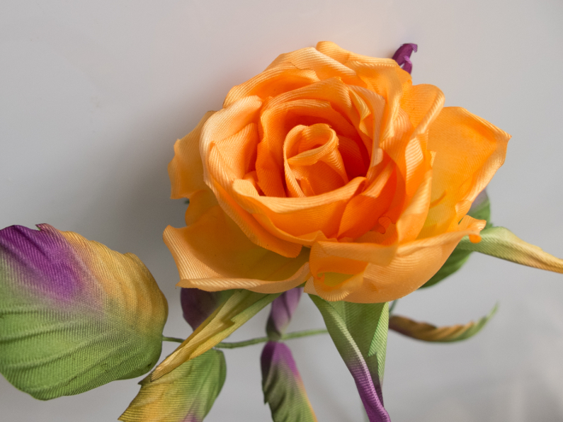 rose en soie orange