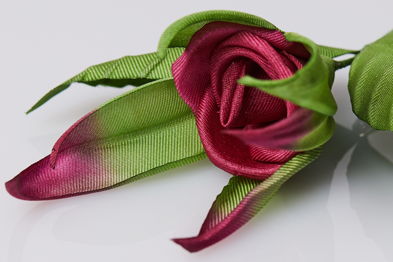 New brooches Bouton de Rose (Rose Bud)