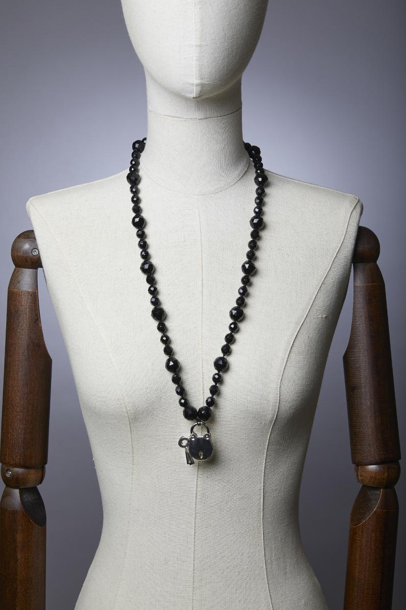 collier sautoir cadenas